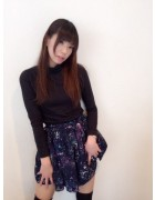 敦賀あいりさんの愛用している宇宙柄のスカート。サイン入りチェキ付き!