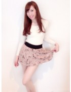 笹森陽菜さんがプライベートで使用したフワフワスカート+ニットの女子SET。サイン入りチェキ付き!