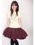 明石裕未が使用したルームウェア+スカートのSET。サイン入りチェキ付き。