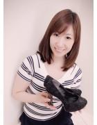 井村麻美 サイン入り ブラックレース飾りピンヒールパンプス