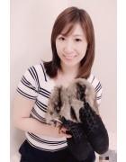 井村麻美 サイン入り ファー付き編み上げショートブーツ