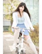 ♪寺口智香さんが撮影で着用したニーハイソックス