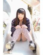♪ 一色杏子さんが撮影で着用したニーハイソックス