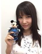 新垣優香さんの大切にしているお人形。サイン入りチェキ付き!【Ver2】