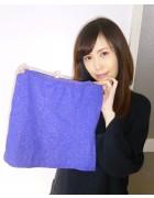 ☆七海ひより 直筆サイン入りラメラメミニスカート(青)☆