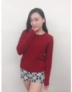 山谷涼香さんが愛用した赤いニット。サイン入りチェキ付き!