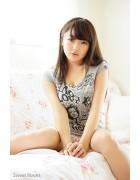 ♪愛沢新菜さんが撮影で着用したTシャツ