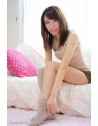 ♪柚姫らんさんが撮影で着用したニーハイソックス