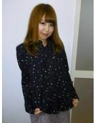☆小倉あいか直筆サイン入りドット柄長袖シャツ(黒×青系)☆