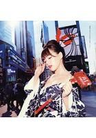 篠崎愛PHOTO & MUSIC BOOK「ヒカリ」
