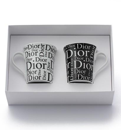 激安通販ロゴ入り 陶器 マグカップ 2点セット/Christian DiorChristian Diorクリスチャン・ディオール