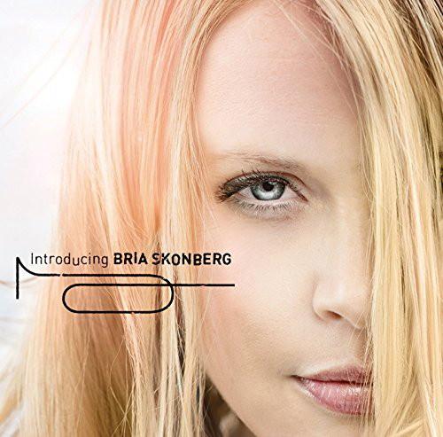 ブリア・スコンバーグ/introducing BRIA SKONBERG