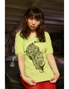 さくらみお イメージDVD「森のみおちゃん」撮影時着用サイン入り虎柄緑Tシャツ