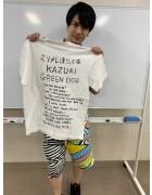 ミリメレ・KAZUKI直筆サイン入り【8周年】Tシャツ