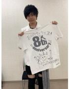 URAGAWA・けんと直筆サイン入り【8周年】Tシャツ