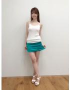 ★直筆サイン入り★桐谷流華ちゃん着用緑のミニスカート