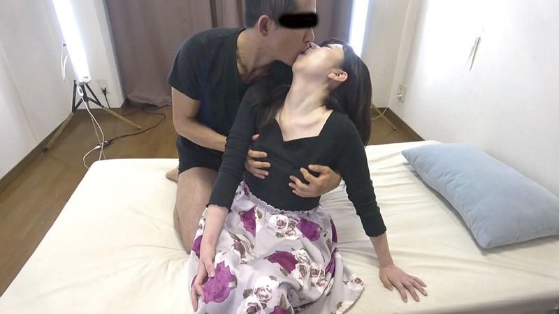 素人妻・口説き面接【二】 サンプル画像  No.8