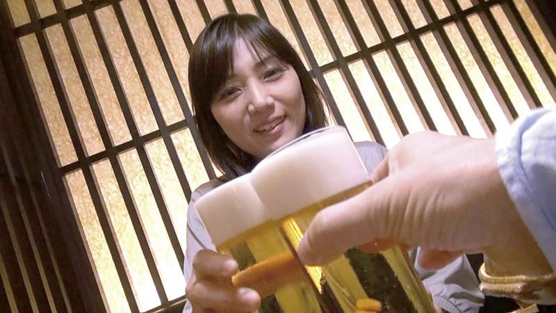AV監督×素人妻 合コン2018・秋の陣 番外編 人妻漫遊記 サンプル画像 No.1
