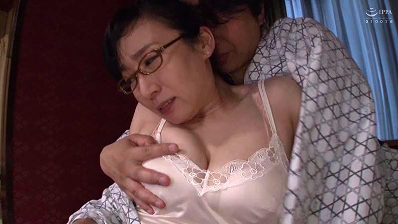 憧れの女上司と 美原すみれ サンプル画像  No.1