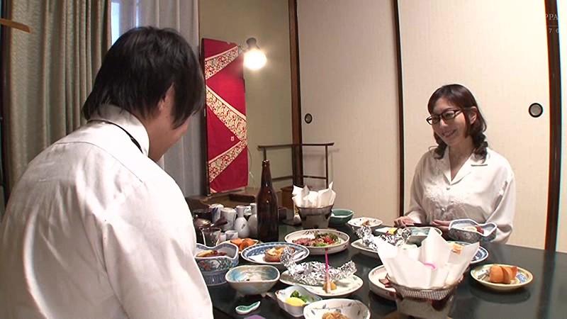 憧れの女上司と 小野さち子 サンプル画像  No.1