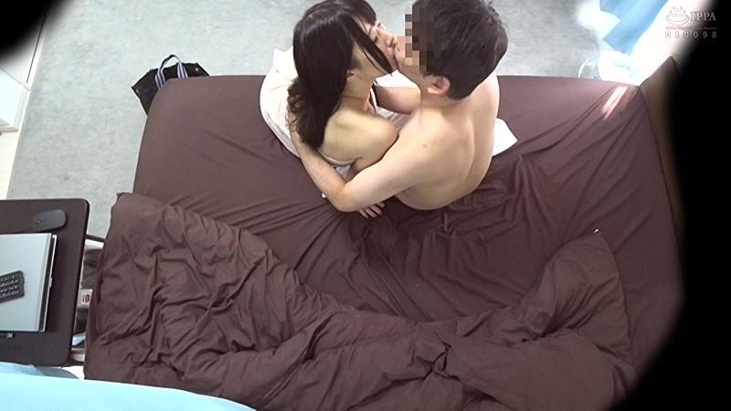 ワンセット80分24000円のデリヘル嬢とのセックス動画。 サンプル画像 No.3