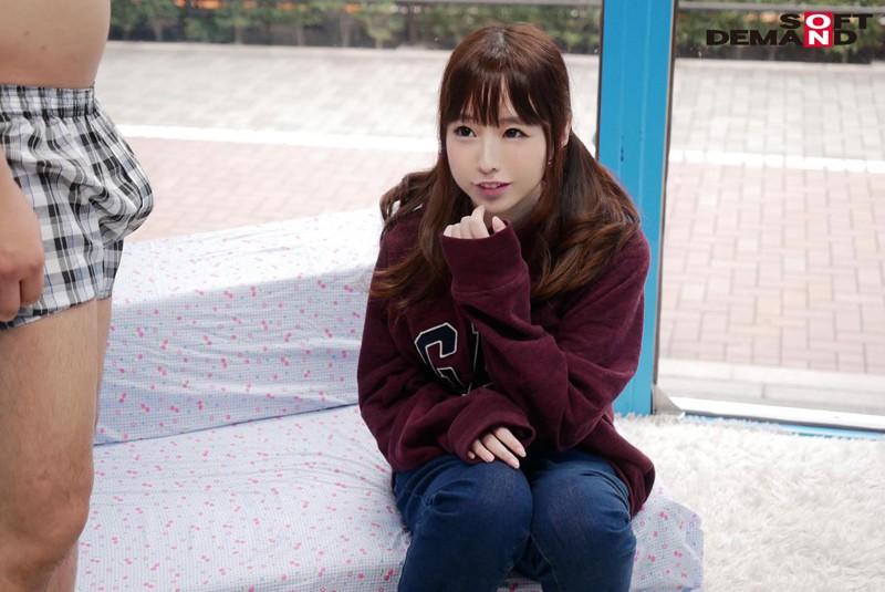 もえちゃん(18)体育大学1年生 マジックミラー号 10代美少女が童貞のフリをした性獣男優に激ピストンされ真正中出し! サンプル画像 No.3