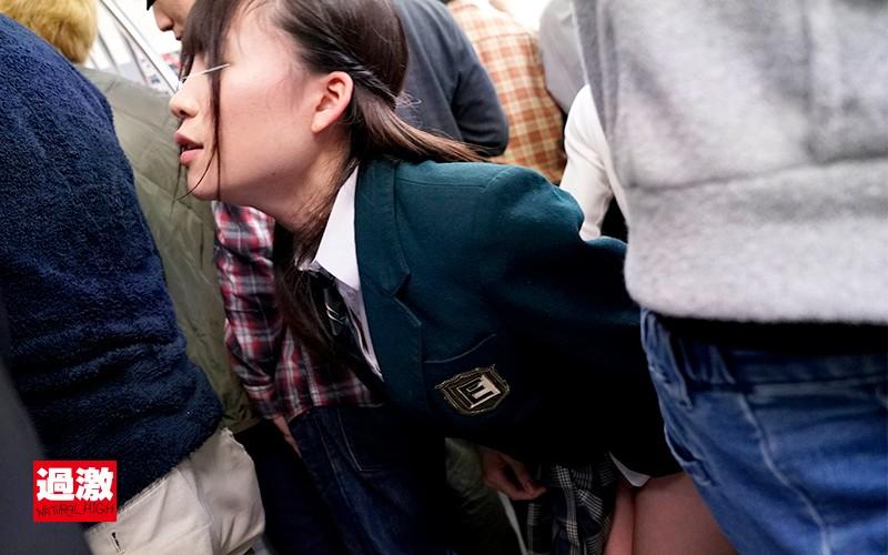 痛みの中、無理やり挿入されたのに痴漢師に次々と輪姦されついに絶頂してしまった女子○生 サンプル画像  No.6