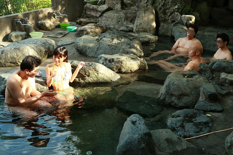華奢で最高の抱き心地。2周り年下のセックスフレンドと山奥でヤリまくり温泉旅行 サンプル画像  No.8
