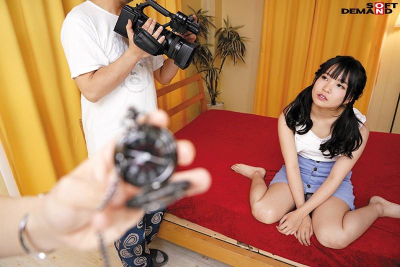 AV撮影現場で時間停止!素人男性に知らない間に射精されていたAV女優10人 サンプル画像 No.1