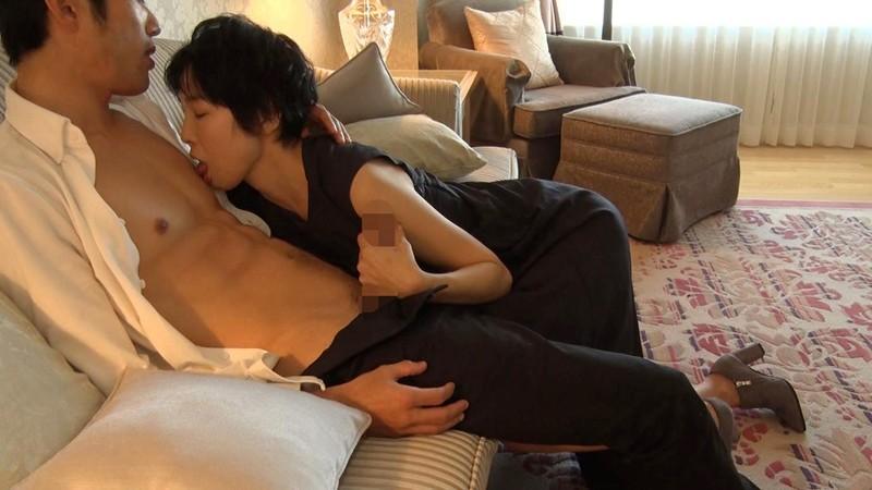 経験人数は主人だけ…本当の快感を求めて上京するはんなり京美人妻 早川りょう 46歳 第2章 更なる刺激を求めて上京し旦那が仕事中の12時間ずーっとイキっぱなし サンプル画像 No.7