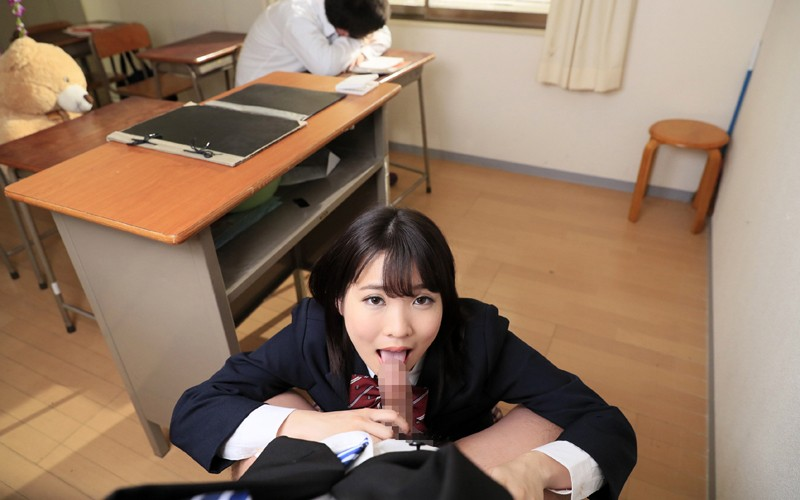 【VR】学級崩壊クラスで授業中…イタズラ制服美少女と声ガマン性交…でも教室で生はマズくない? サンプル画像 No.5