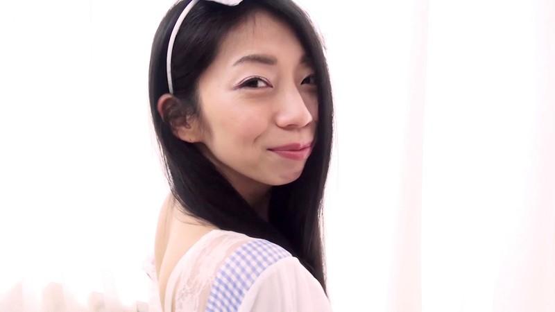 脱がずに魅せる女たちvol.35 岩崎真奈