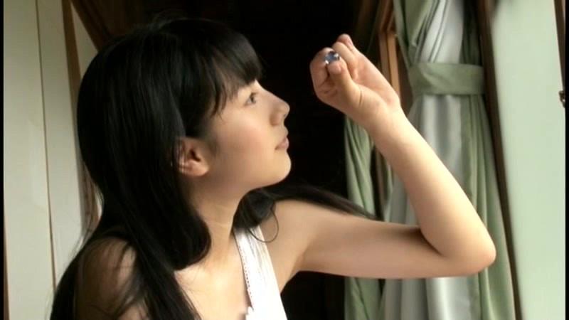 新原里彩 「キミとの恋は5センチメートル」 サンプル画像 16