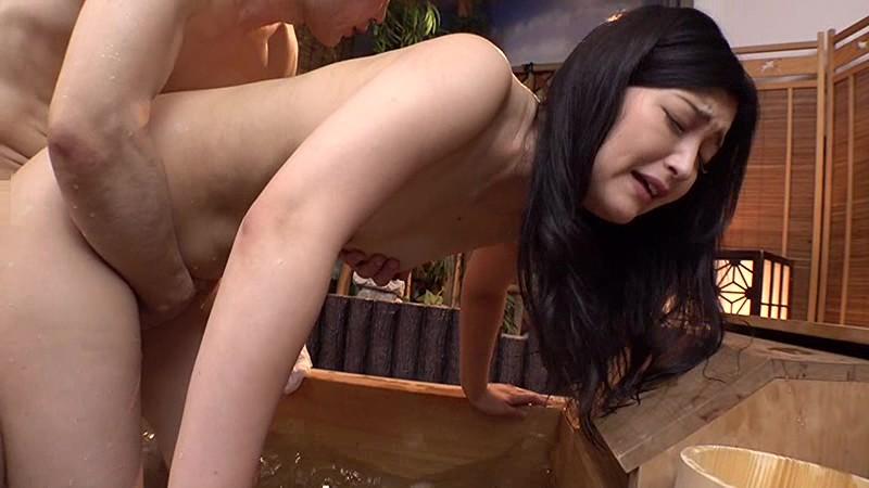 デカチン混浴温泉 四十路妻が温泉で濡れる…中出し不倫旅行 2 サンプル画像  No.3