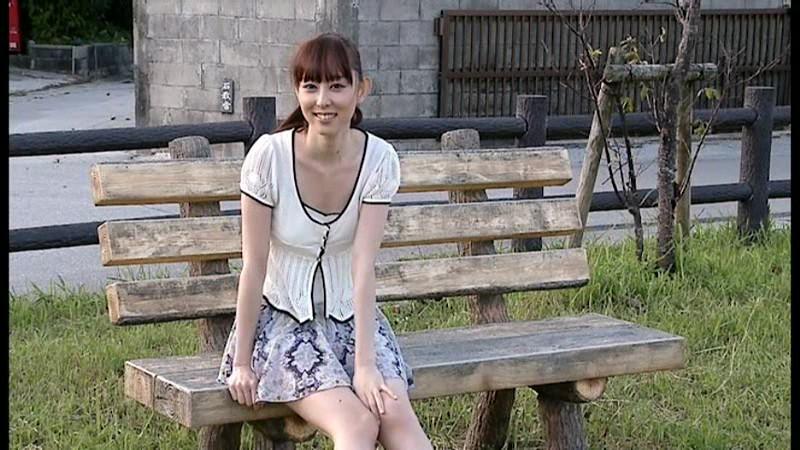 秋山莉奈 「思春期のおもてなし」 サンプル画像 14