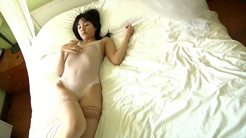 保田真愛 「20歳の贈り物」 サンプル画像 12