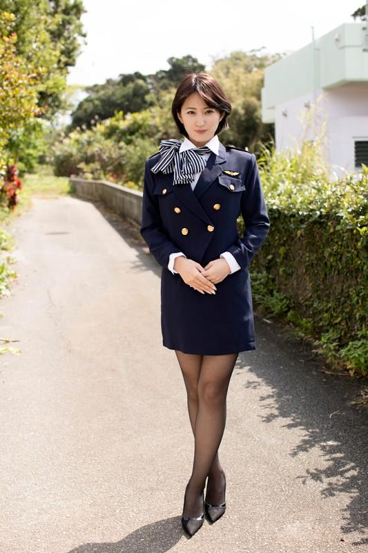 宮崎華帆 「美ボディお姉さん」 サンプル画像 12
