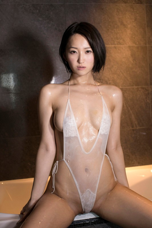 宮崎華帆 「美ボディお姉さん」 サンプル画像 6
