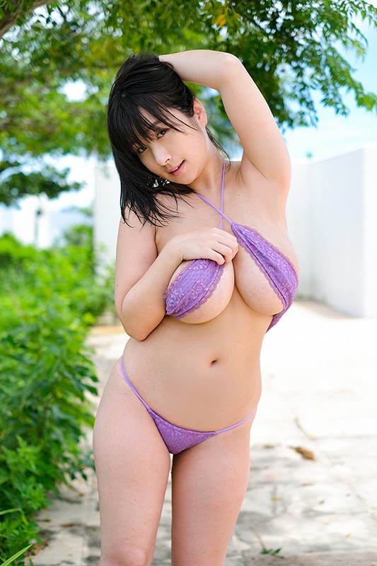 桐山瑠衣 「二人っきりの南国生活」 サンプル画像 3