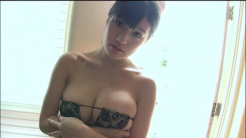 高崎聖子 ミニスカナースでエロティック!! 13