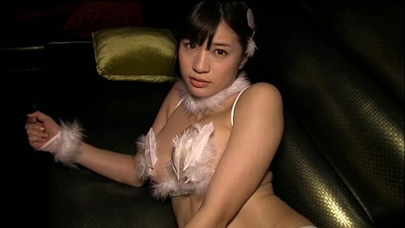高崎聖子 ミニスカナースでエロティック!! 19