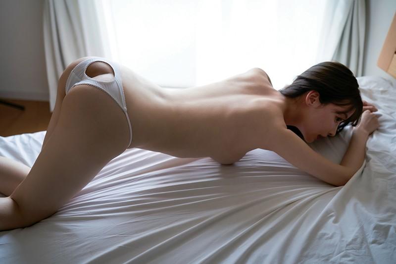 春名美波 「満たされない欲望」 サンプル画像 12