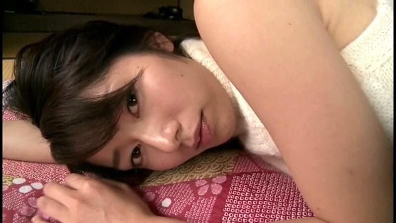 谷桃子 「LOVE DATE MOMOKO 2」 サンプル画像 2