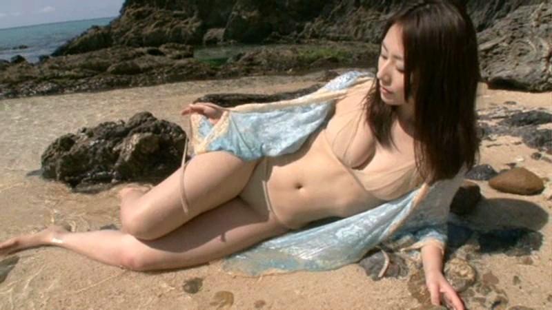 谷桃子 「コイ・モモ」 サンプル画像 16