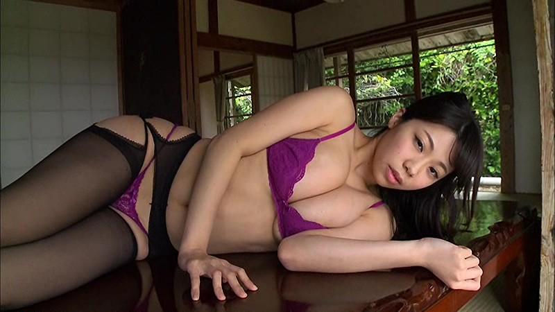 鈴木ふみ奈 「甘ふみ×熱ふみ」 サンプル画像 12