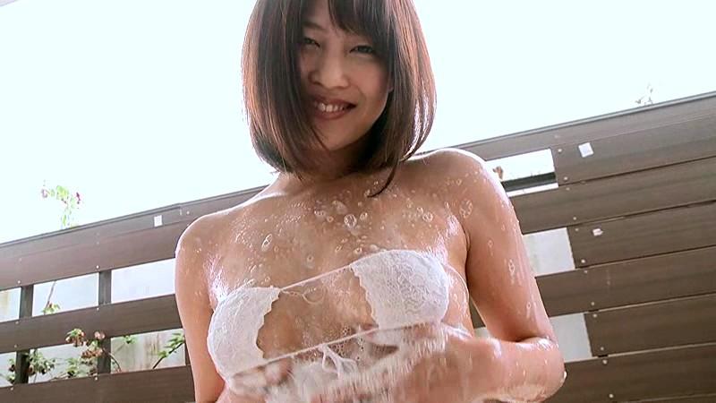 小柳歩 「溢レル~誘惑リゾート」 サンプル画像 10