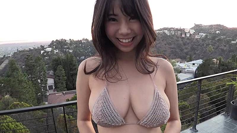 鈴木ふみ奈 「Golden Smile」 サンプル画像 13