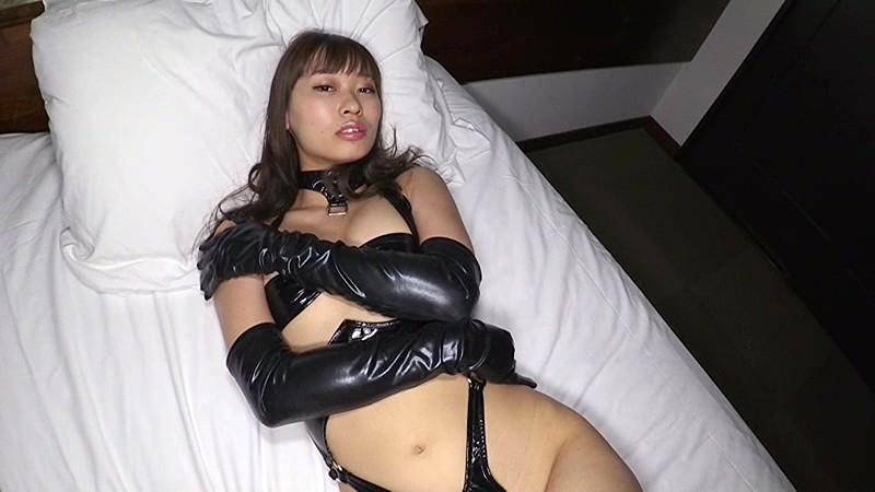 ガールズバンド「Risky Melody」ヴォーカルの日野アリスちゃんがグラビアに初挑戦![サムネイム20]