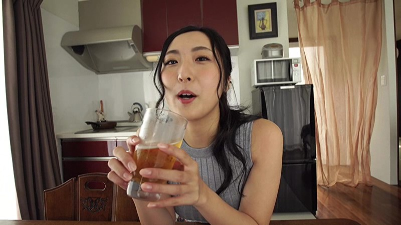 NHKドラマにも多数出演する『本格派女優』の彼女が、Fカップを武器に『本格派グラドル』路線に舵を切った!!際どい水着にも注目っ!![サムネイム15]