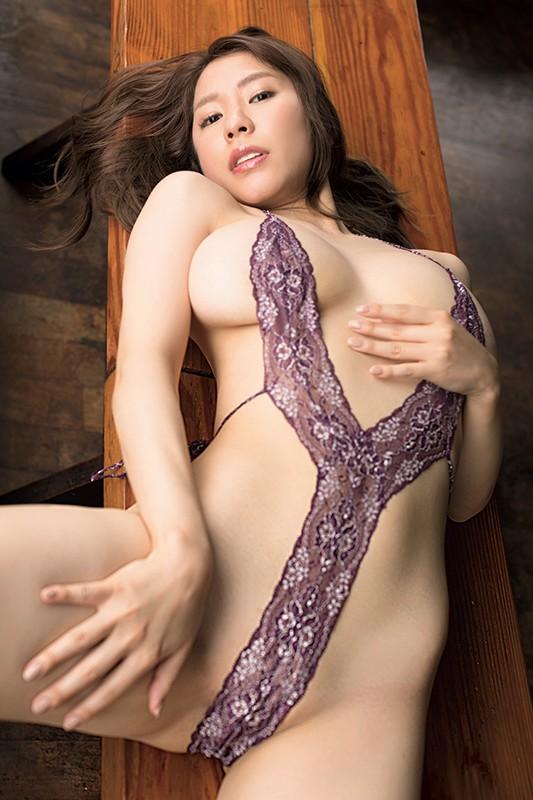 アイドルワン SEXY DYNAMITE ~恵体の女神さま~ 夏来唯[サムネイム01]